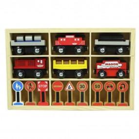 Treno in legno con segnali